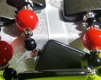 "Handmade necklace fashion series ""Lady in Red"""