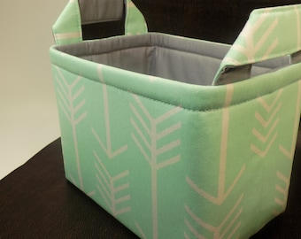 "S Diaper Caddy-Toy Bins 8""x5""x 6""(choose Basket/Lining color)Baby Gift-Fabric Storage Organizer""White Arrow on Mint """