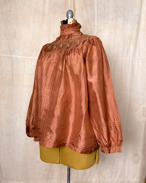 Silk Peasant Blouse | 70s Embroidered Top | Vinta… - image 3