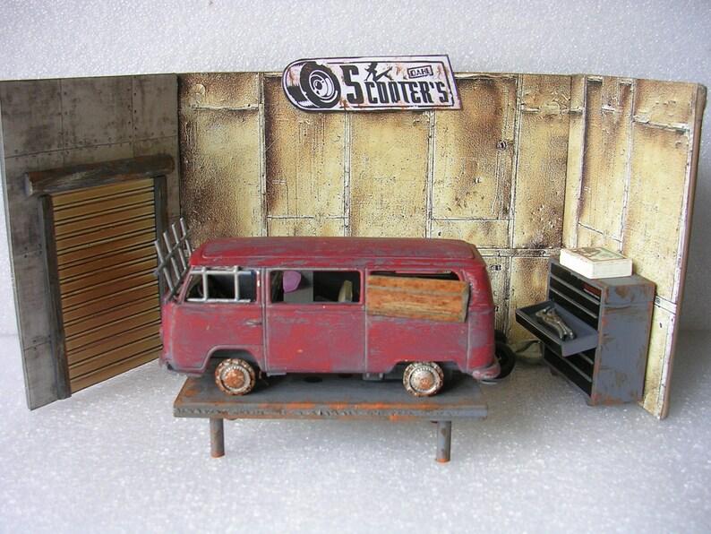 Borderlands 2 Scooter's Garage Model Diorama Visit | Etsy