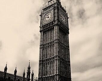 Monochrome Big Ben
