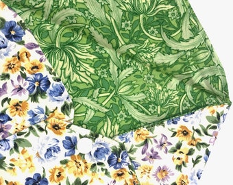 Ditsy Floral Fabric Envelope - for a special card, invite or gift voucher coupon - spring flowers with contrast lining and sewn faux stamp