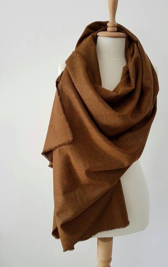 0e36b9587dfc Cannelle marron à carreaux Echarpe foulard Oversized   Etsy