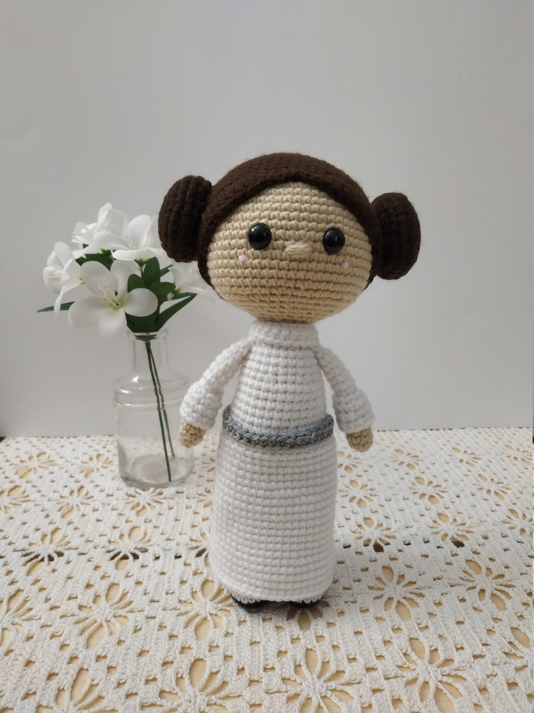 Star Wars Mini Amigurumi - Princess Leia | I've been working… | Flickr | 3000x2250