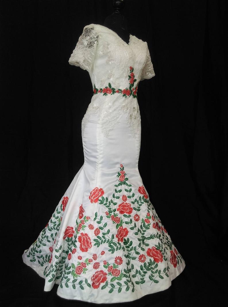 Mexican Wedding Dress Vestido Mexicano Bordado Floral V Etsy