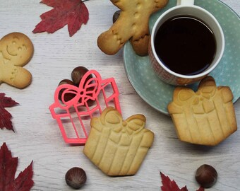 Christmas Gift cookie cutter, Christmas cookie mold with the shape of a present box, Christmas present cookie cutter