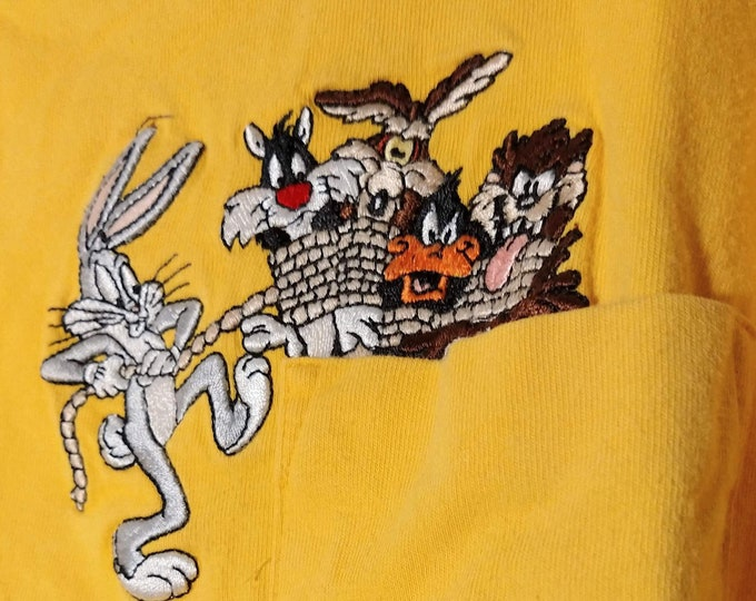 Bugs Bunny, Looney Tunes, T Shirt, Kids Tee! Authentic Vintage 1999! Bugs Bunny, Daffy, Taz, Sylvester, Size 7/8 Medium T Shirt! Never Worn!