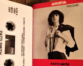 Patti Smith Cassette! Authentic Vintage 1975! Patti Smith ~ Horses! Legendary Recording By The Godmother Of Punk! Rare Find In NM Condition!