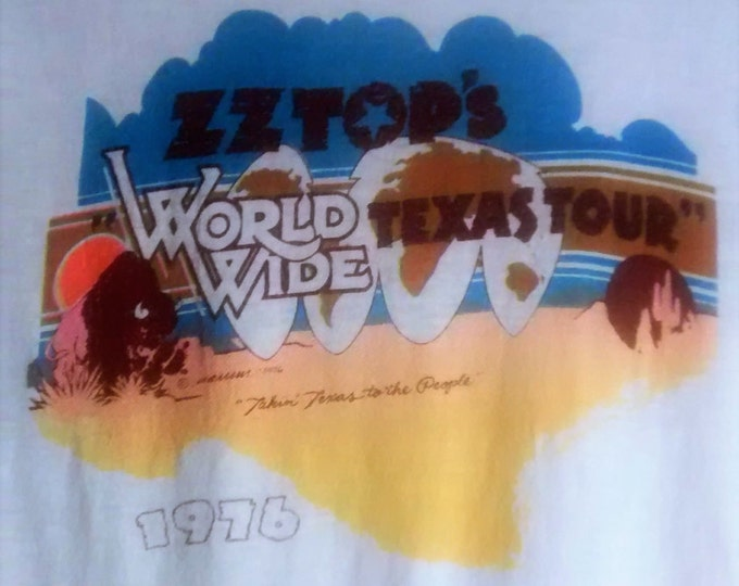 """ZZ Top Concert T Shirt Very Rare! Authentic Vintage 1976 Fandango! Album! ZZ Top ~ 1976 """"Taking Texas To The People"""" Size Small"""