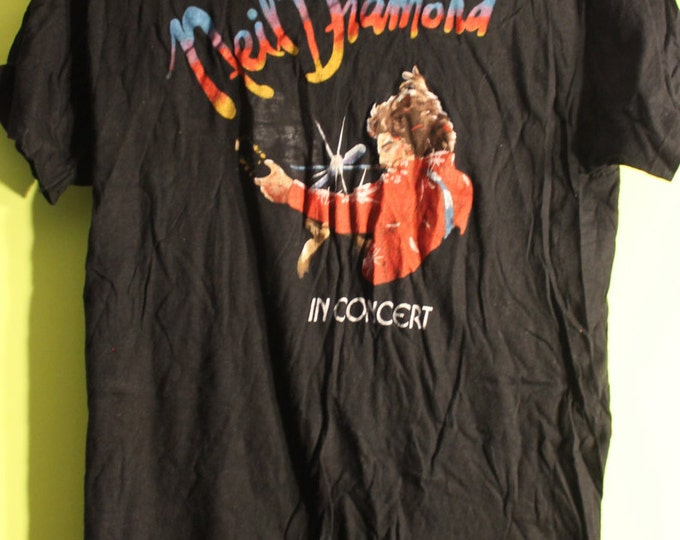 "Neil Diamond, Concert Tour T Shirt! 1976 Authentic Vintage! Neil Diamond ""Beautiful Noise"" Aladdin Hotel, Las Vegas! Original Tour Shirt! L"