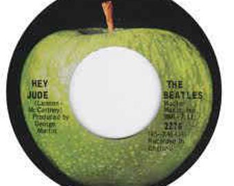 "The Beatles, 7"" Vinyl Single, US Release! Authentic Vintage 68! The Beatles "" Hey Jude / Revolution"" Original Iconic Apple Records Label! VG"