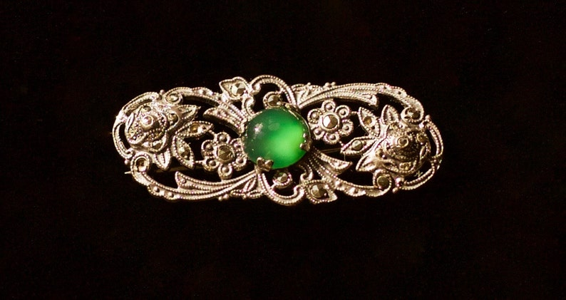 SALE Vintage 1920s Art Nouveau Deco Sterling Silver Marcasite /& Chrysoprase Magical Stone of Venus Brooch Mystical 20s Green Goddess Pin