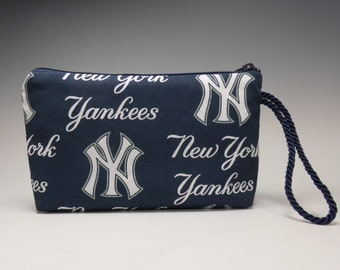 New York Yankees Montego Wallet Wristlet Cosmetic Pouch