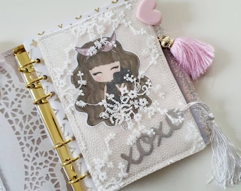 Original lace planner pouch, handmade, the perfect accessorie for your planner with cute die-cut Camgirl