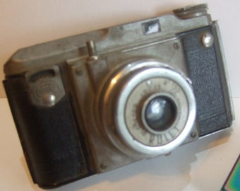 1940's Vintage Bencini Rolet Camera with Telescopic Action for 127 Film