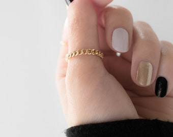 Gold Filled Curb Chain Ring, Layering Delicate Link Ring, Cute Minimal Simple Stacking Ring, Bridal Bridesmaid Girlfriend Best Friend Gift