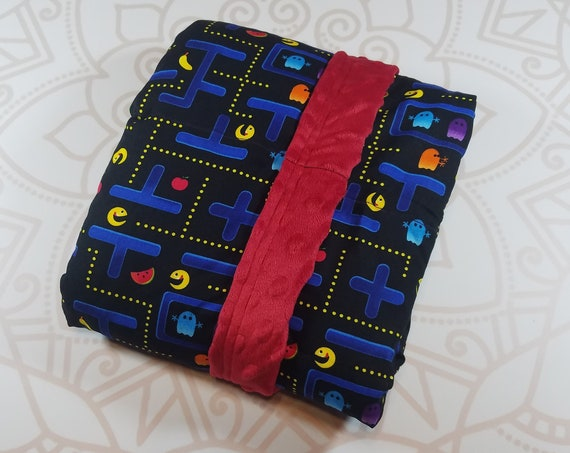 Ready To Ship, 5 Pound, 28x32, Retro Game, Red Minky Back, WEIGHTED BLANKET, Autism, Sensory, ADHD, Calming, Anxiety
