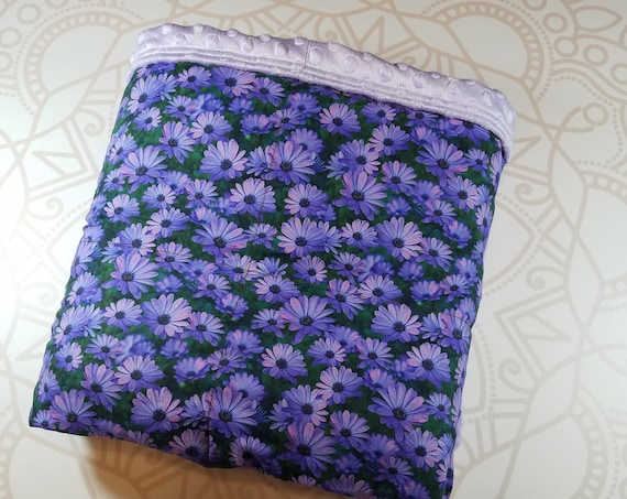 READY to SHIP, 40x60-15 Pounds, Weighted Blanket, Purple Daisy, Lilac Minky Backing, Sensory Blanket, Calming Blanket,
