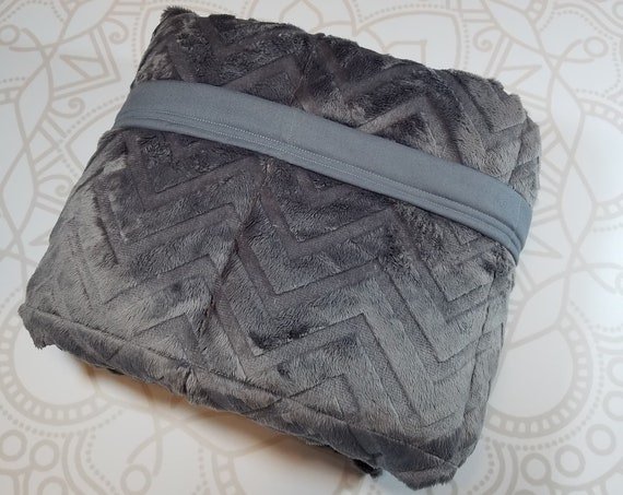 READY to SHIP, 40x70, 20 pound, Weighted Blanket, 40x70, Gray Chevron Minky, Gray Woven Cotton Back, Sensory Blanket, Calming Blanket,