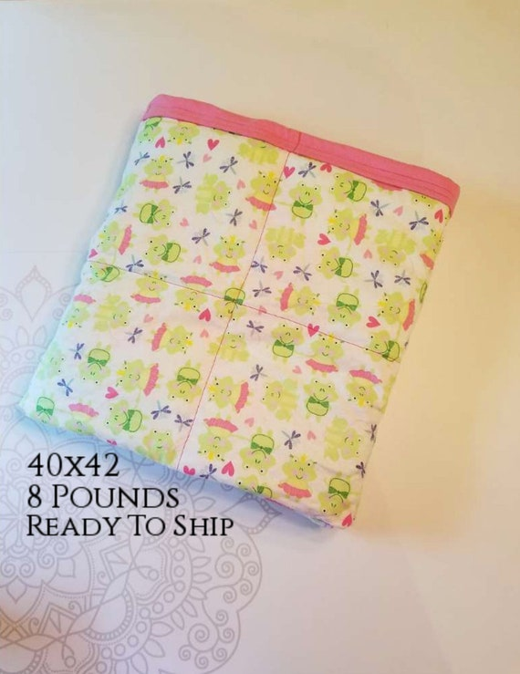 READY to SHIP, Weighted Blanket, 40x42-8 Pounds, Frog, Pink Cotton Flannel Back, Sensory Blanket, Calming Blanket,