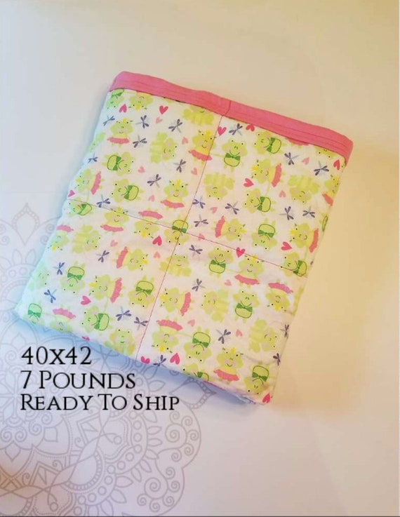 READY to SHIP, Weighted Blanket, 40x42-7 Pounds, Frog, Pink Cotton Flannel Back, Sensory Blanket, Calming Blanket,