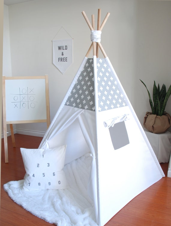 gris et blanc suisse croix toile tipi tente de jeu jouer. Black Bedroom Furniture Sets. Home Design Ideas