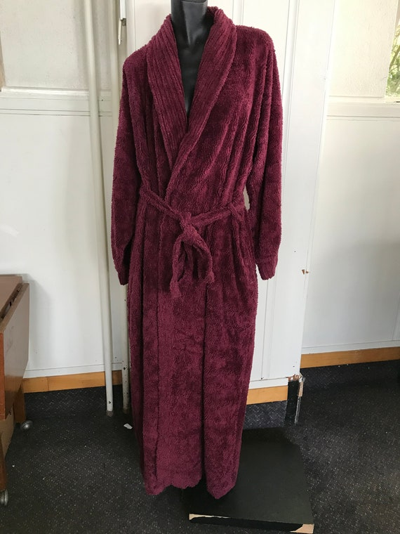 Vintage Supertex Cotton Chenille long Burgundy Bat
