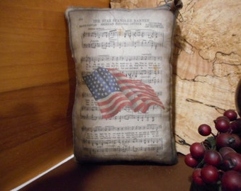 Shelf Pillow Tuck: Primitive Rustic Flag Americana Pillow Tuck.