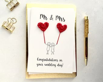 Mr & Mrs card - Bride and Groom card - crochet hearts -  Handmade wedding card - cute wedding card