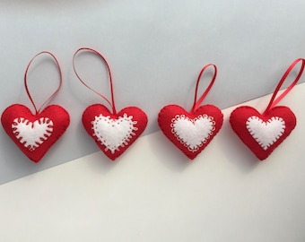 Felt Christmas decorations - set of 4  - Red heart Christmas decoration - Felt Christmas decoration - Red and white heart