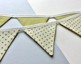 Mini bunting - Green bunting - 100% cotton bunting - Spotty Bunting - Green spotty bunting