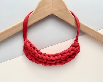 Red necklace - Chunky Red necklace - T-shirt yarn necklace - Gift for her - Stocking filler necklace - Red knitted necklace - Red jewellery