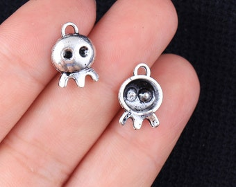 15 Ghost Charms, Antique Silver Tone (1G-239)