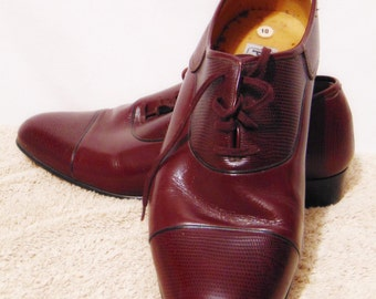7bdc0d959a0 Vintage PLAYBOY 70 s 80 s Mens Dress Shoes Size 10 M Leather Upper Burgundy
