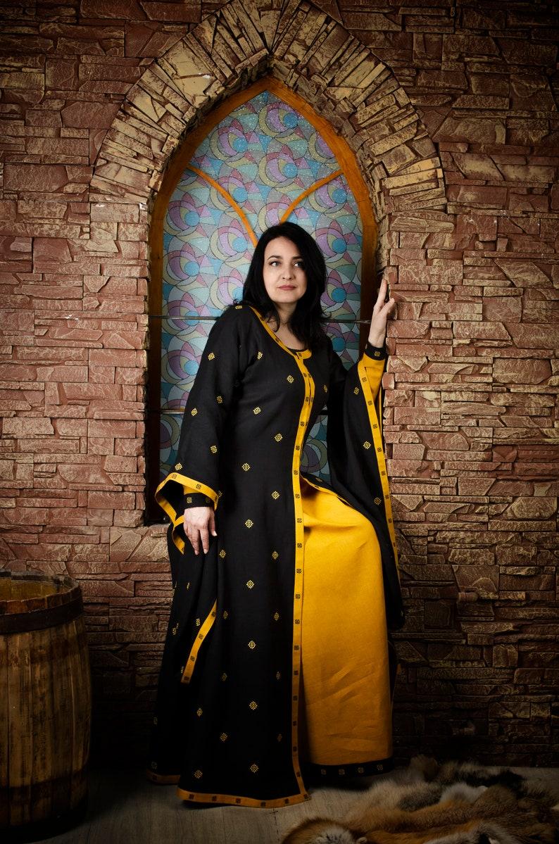 Irani girls medieval dress fetish