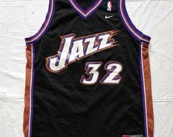 Vintage Utah Jazz  32 Karl Malone NBA Nike Jersey Size Large ad34454da