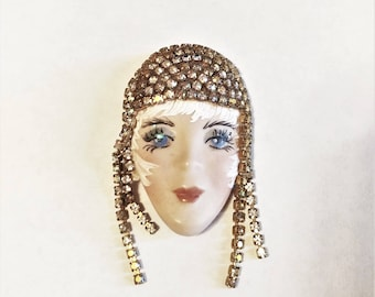 Unique Handpainted Artistic Fool Face Brooch