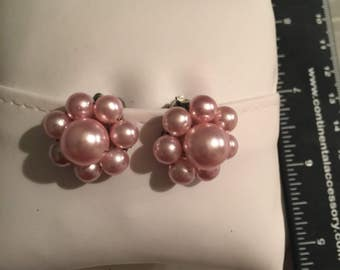Vintage Japan Faux Pink Pearl Clip on Earrings  - AB
