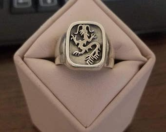 Vintage Sterling Silver Gents Dragon Ring Size 11 3/4