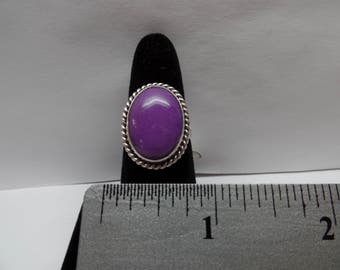 Vintage Sterling Silver Ring w/ Purple Stone / FCM