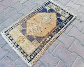 Small rug,vintage turkish small rug,door mat rug,persian small rug,vintage turkish rug,decorative rug,oushak small rug,home decor rug,rug