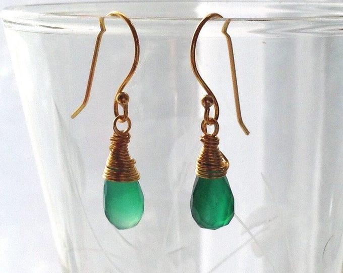 Earrings, Onyx Earrings, Gemstone Earrings, Green onyx, August birthstone, Gold and Onyx Earrings. Dangle Earrings, Women's Jewellery,