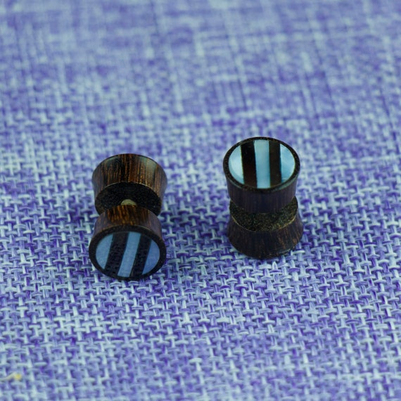 Sono Wood Naturally Organic Fake Gauge Earrings Bone Singing wolf Hand Carved