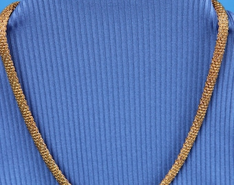 Gold mesh shimmery necklace