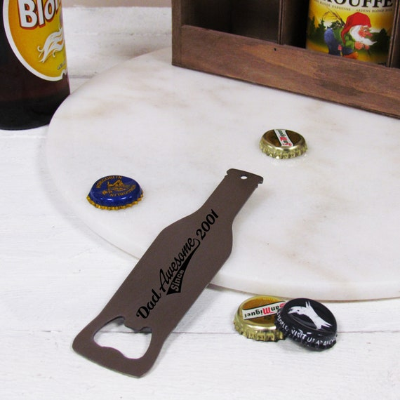 PERSONALISED FATHERS DAY DAD FATHER DADDY GRANDAD BADGE MAGNET BOTTLE OPENER