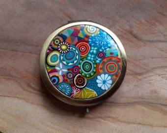 "Pocket mirror / bag ""multicolored"" polymer paste, bronze metal"