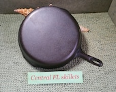 Unmarked Wagner Ware 10 Made In USA 11 3 4 Inches Cast Iron Skillet Circa 1960s To The 1970s Vintage