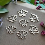 Open Lotus Link - Silver >> Bulk, 4 or 10 pieces - Lotus Flower Charm, 19mm, Tierra Cast, Spiritual, Pewter, Lead-Free, American Made