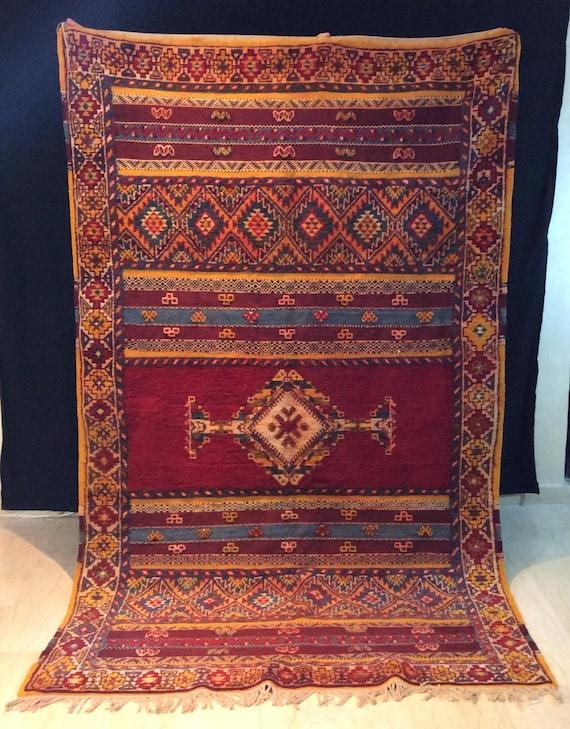vintage tazenakht moroccan rug 8 1 ft x 4 9 ft 247 cm x 149 etsy. Black Bedroom Furniture Sets. Home Design Ideas