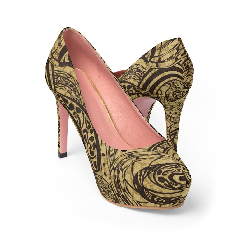 2a0309ff8840 Straight Out Of Samoa Tapa Printed Shoes WomenS Platform Heels